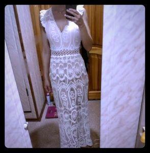 WHITE LACE CROCHET MAXI DRESS BOHO ELEGANT NWT~ LG